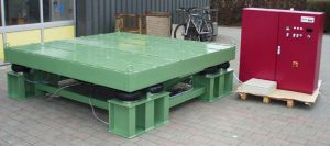 Large heavy duty vibrating table for large products